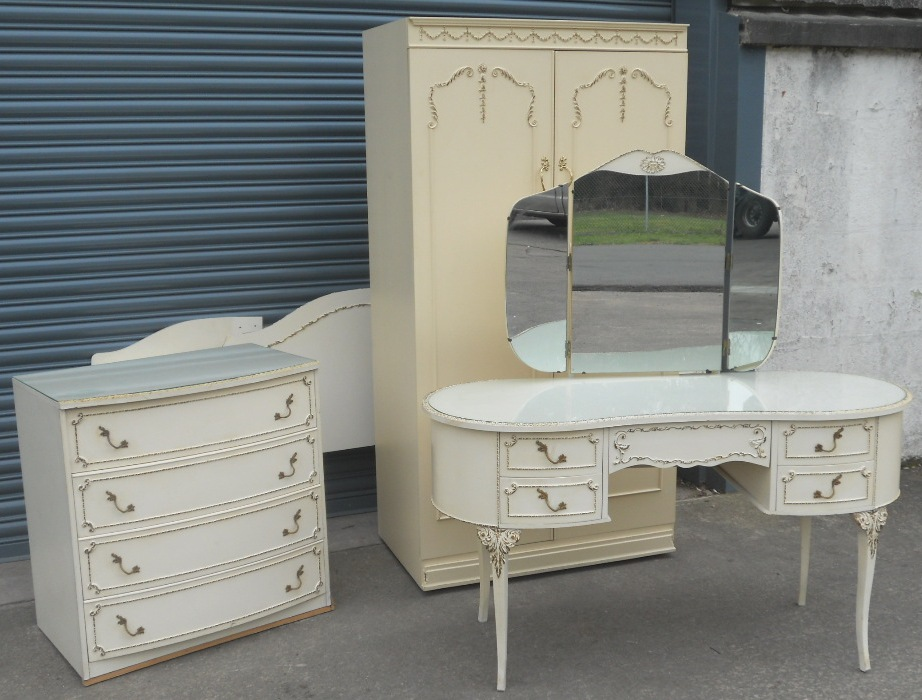 70s style bedroom 2 dresser extravagant project on for Furniture 70s style